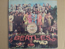 The Beatles ‎– Sgt. Pepper's Lonely Hearts Club Band (Parlophone ‎– 3C 062-04177, Italy) EX+/EX+