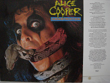 Alice Cooper ‎– Constrictor (MCA Records ‎– 254 253-1, Germany) EX+/NM-