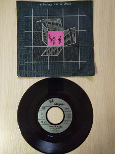 "Living In A Box ‎– Living In A Box\Chrysalis ‎– 109 085\Vinyl, 7"", 45 RPM, Single\Europe\1987"