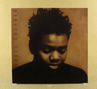 Tracy Chapman ‎– Tracy Chapman (UK & Europe, Elektra)