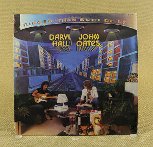 Daryl Hall & John Oates ‎– Bigger Than Both Of Us (Англия, RCA Victor)