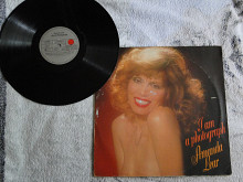 "Amanda Lear ""I Am A Photograph"" – 1977."