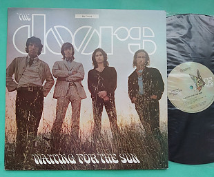 THE DOORS - WAITING FOR THE SUN / EKS74024 , usa