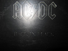 Виниловый Альбом AC/DC -Back In Black- 1980 (England) ОРИГИНАЛ *STRAWBERRY*.