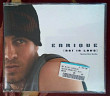 ENRIQUE IGLESIAS - not in love (single)