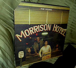 THE DOORS Morrison Hotel 1970 red Elektra US EKS-75007 ~ NM / NM